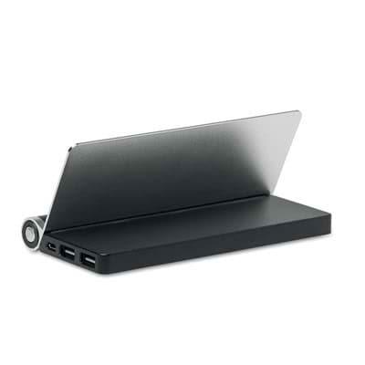 Power Bank 8000 mAh and tablet